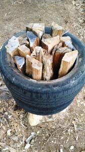 Wood splitting tires a